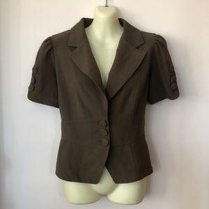 Zinc Short Sleeved Jacket Adorable size L buttons